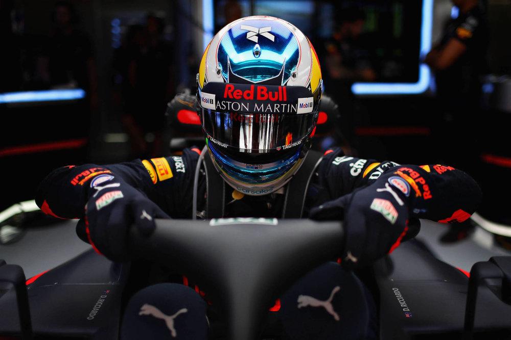 2018 Daniel Ricciardo | Red Bull RB14 | 2018 Spanish GP FP1 1 copy.jpg