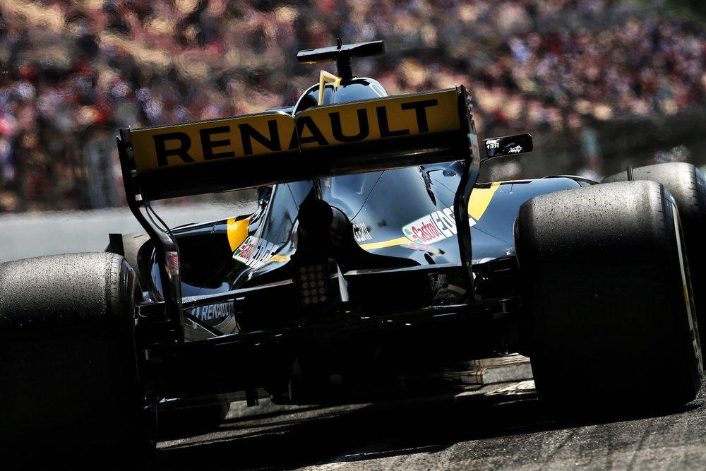 2018 Nico Hulkenberg | Renault RS18 | 2018 Spanish GP FP1 2 copy.jpg