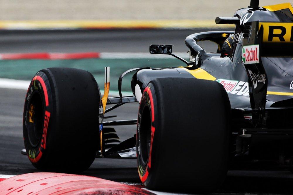 2018 Nico Hulkenberg | Renault RS18 | 2018 Spanish GP FP3 2 copy.jpg