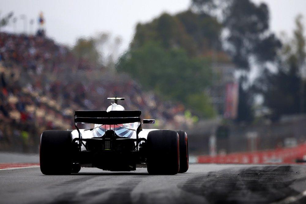 Sergey Sirotkin | Williams FW41 | 2018 Spanish GP FP3 1 copy.jpg