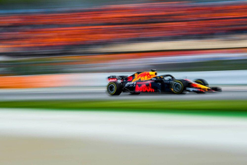 R 2018 Daniel Ricciardo | Red Bull RB14 | 2018 Spanish GP P5 2 Photo by David Ramos copy.jpg