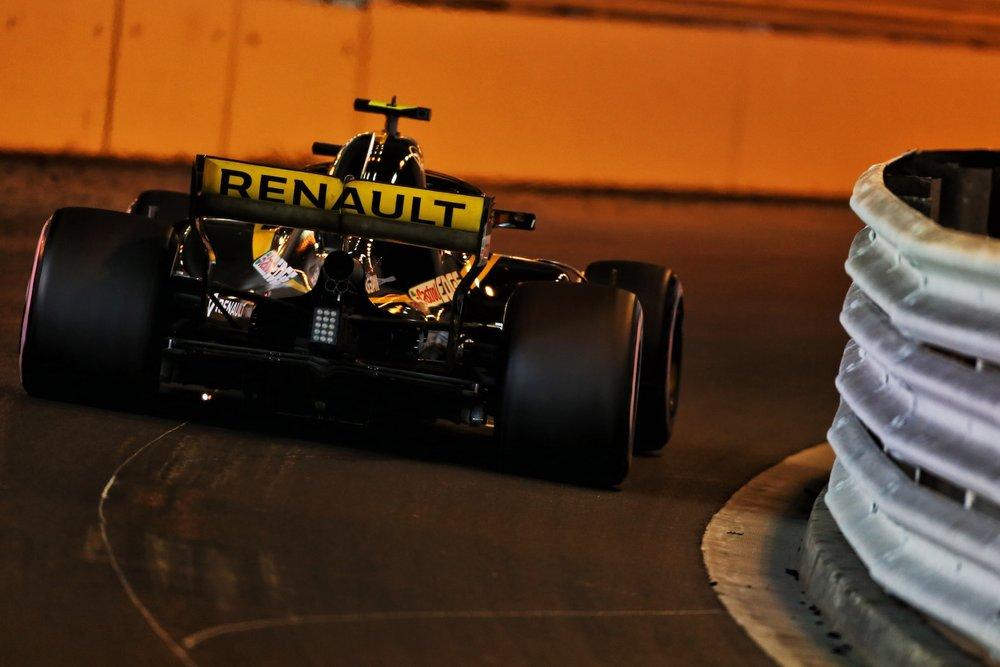2018 Carlos Sainz | Renault RS18 | 2018 Monaco GP FP2 2 copy.jpg