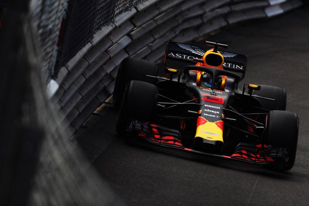 2018 Daniel Ricciardo | Red Bull RB14 | 2018 Monaco GP FP2 3 copy.jpg