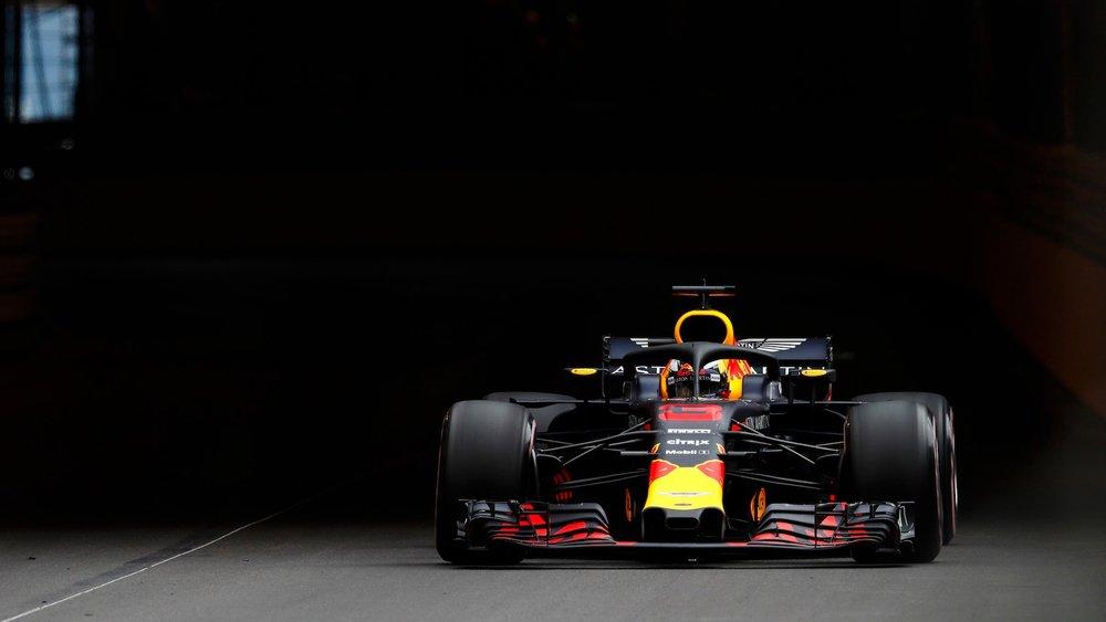 2018 Daniel Ricciardo | Red Bull RB14 | 2018 Monaco GP FP3 1 copy.jpg