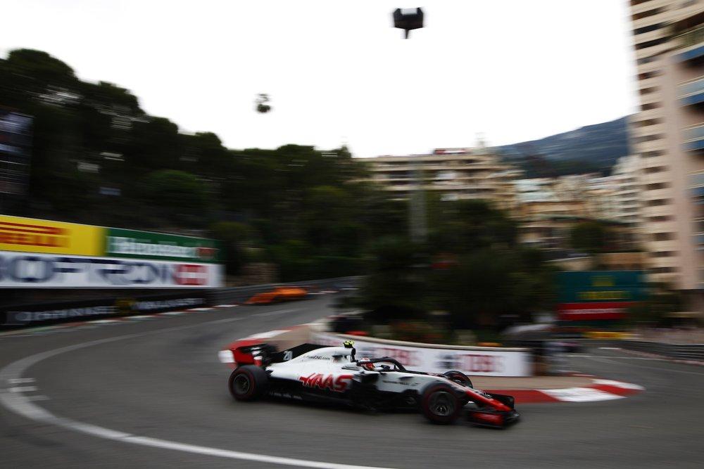G 2018 Kevin Magnussen | Haas VF18 | 2018 Monaco GP 1 copy.jpg