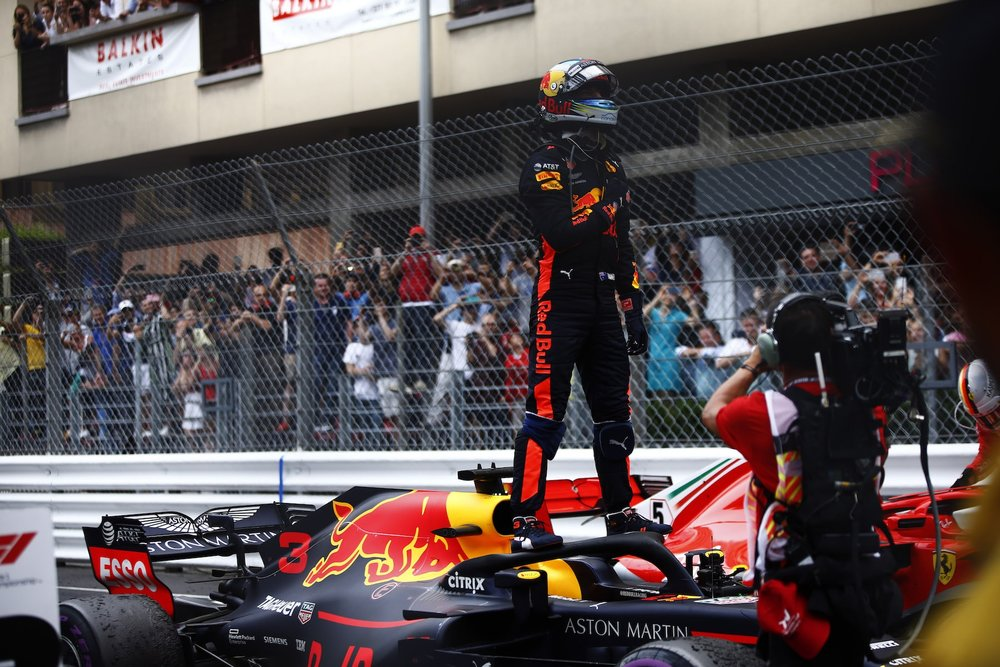 U 2018 Daniel Ricciardo | Red Bull RB14 | 2018 Monaco GP winner 4 copy.jpg