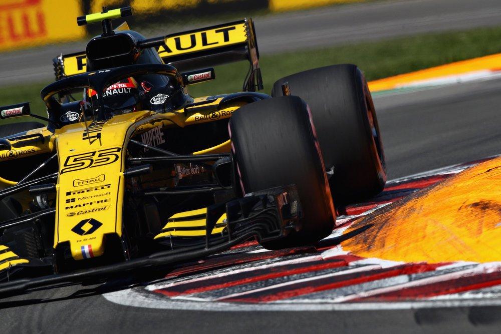 2018 Carlos Sainz | Renault RS18 | 2018 Canadian GP Q 1 copy.jpg