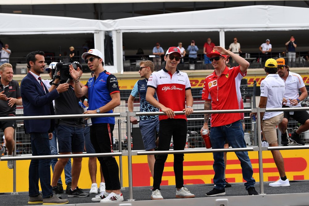A 2018 French GP Drivers Parade 1 copy.jpg