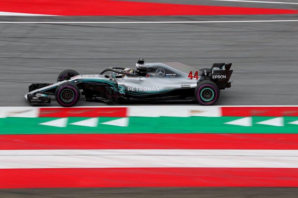 2018 Lewis Hamilton | Mercedes W09 | 2018 Austrian GP FP2 1 copy.jpg