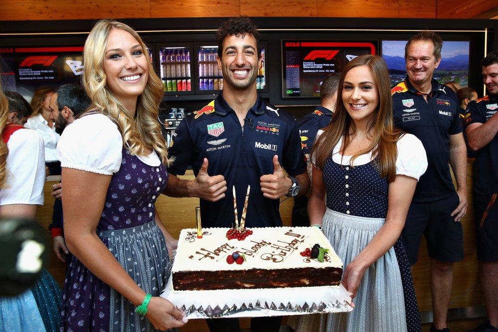 A 2018 Daniel Ricciardo | Red Bull RB14 | 2018 Austrian GP Photo by Mark Thompson copy.jpg