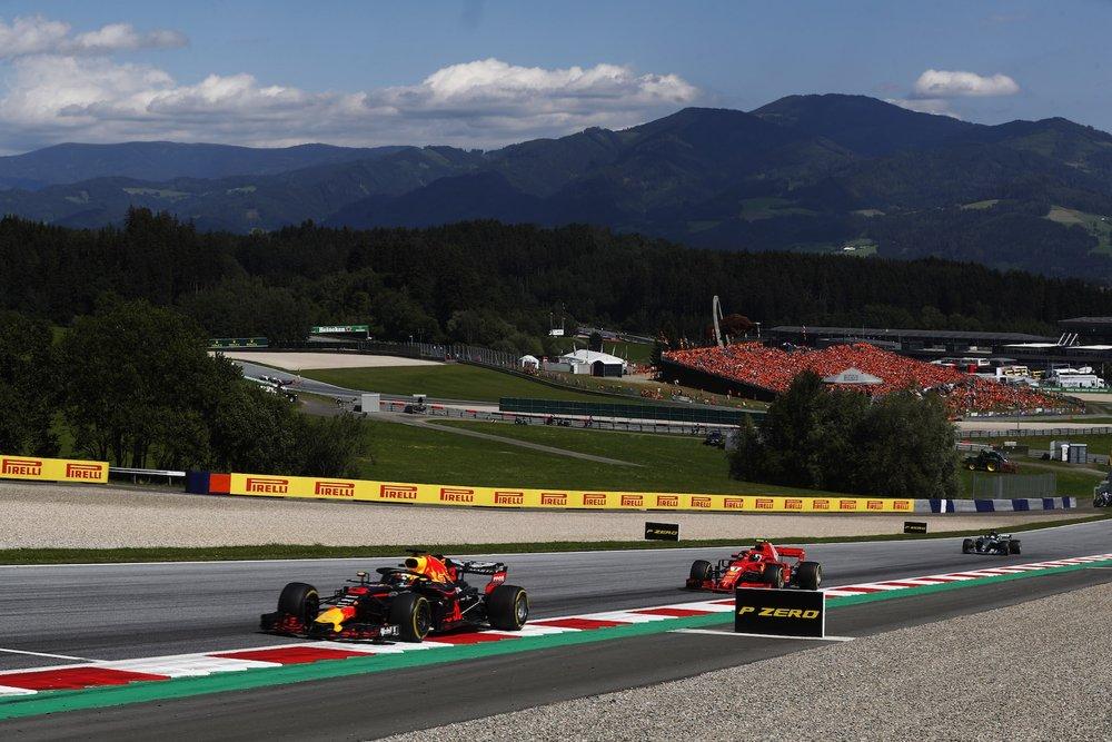 G 2018 Daniel Ricciardo | Red Bull RB14 | 2018 Austrian GP DNF 1 copy.jpg