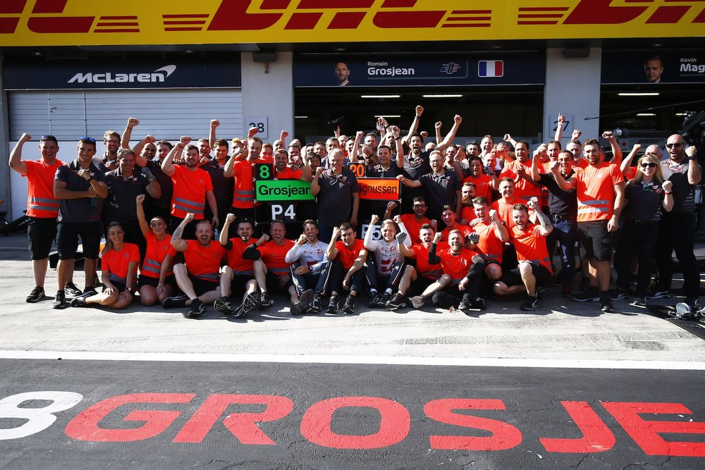 Z 2018 Haas F1 Team celebrates P4 and P5 | 2018 Austrian GP copy.jpg