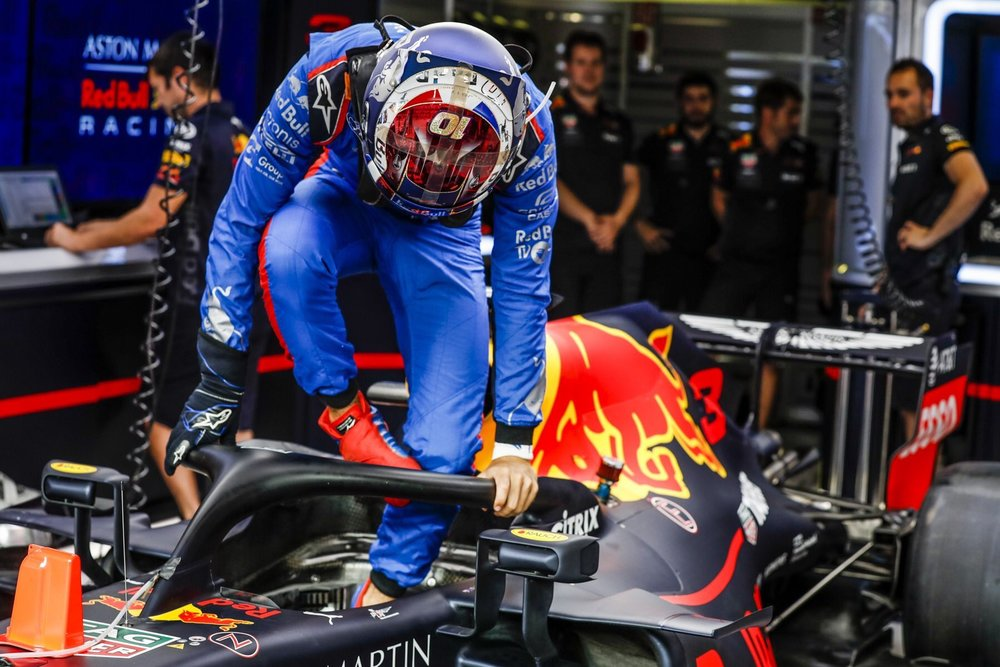 2018 Pierre Gasly trying out Ricciardo's RB14 | 2018 Italian GP 1 Photo by Florent Gooden copy.jpg