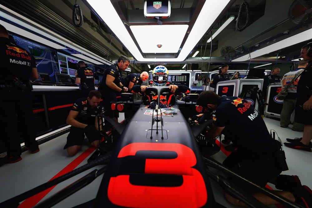 2018 Daniel Ricciardo | Red Bull RB14 | 2018 Russian GP FP1 1 copy.jpg