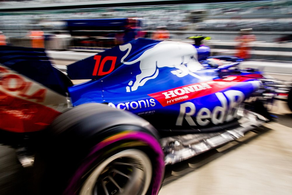 2018 Pierre Gasly | Toro Rosso STR13 | 2018 Russain GP FP1 2 Photo by Peter Fox copy.jpg