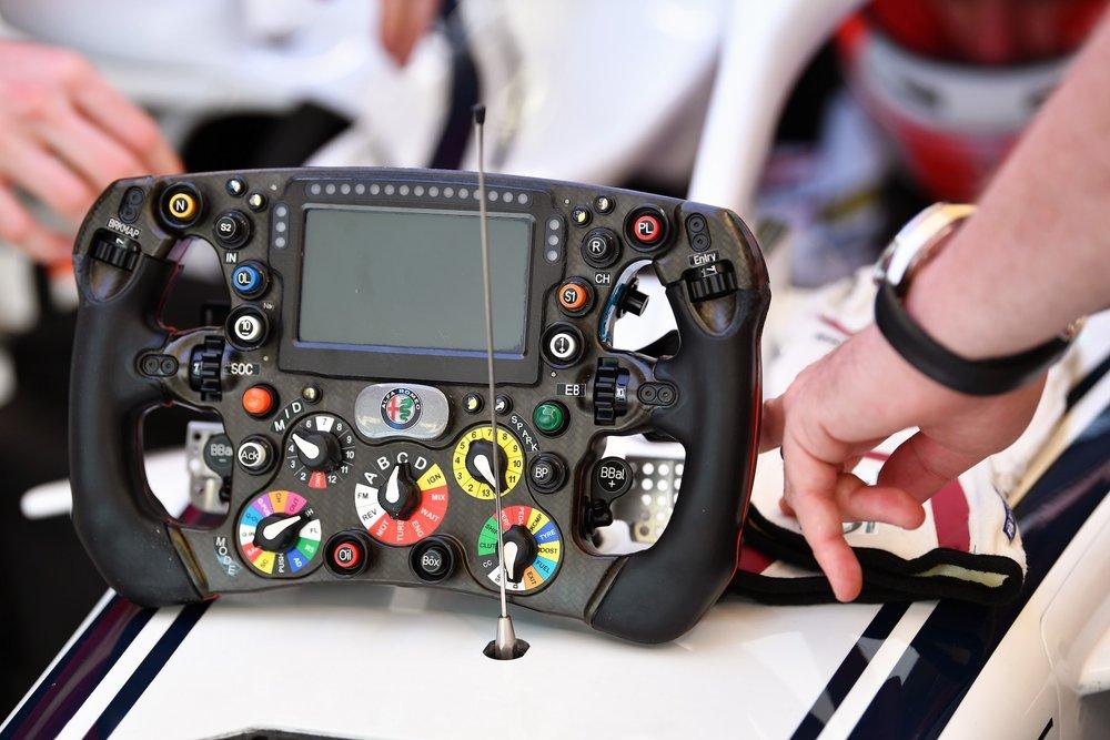 2018 Sauber Steering Wheel | Sauber C37 | 2018 Russian GP FP1 copy.jpg