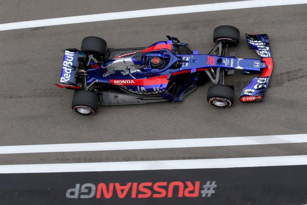 H 2018 Brendon Hartley | Toro Rosso STR13 | 2018 Russian GP 2 copy.jpg