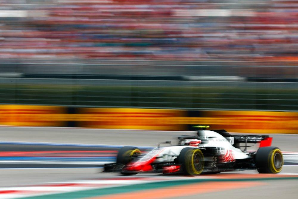 H 2018 Kevin Magnussen | Haas VF18 | 2018 Russian GP 1 copy.jpg