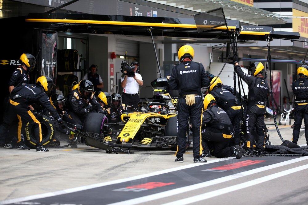 P 2018 Carlos Sainz | Renault RS18 | 2018 Russian GP 1 copy.jpg