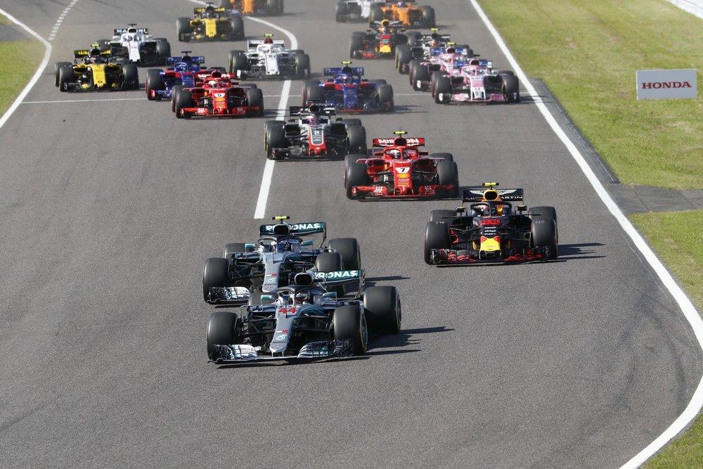 C 2018 Japanese GP start 1 copy.JPG