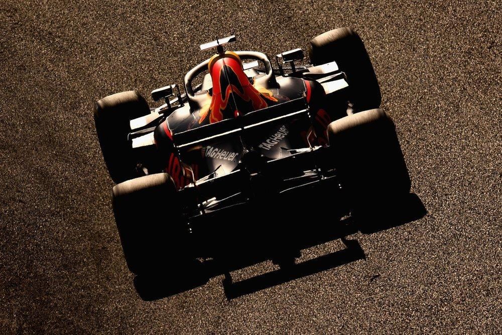 J 2018 Daniel Ricciardo | Red Bull RB14 | 2018 Japanese GP 2a copy.jpg