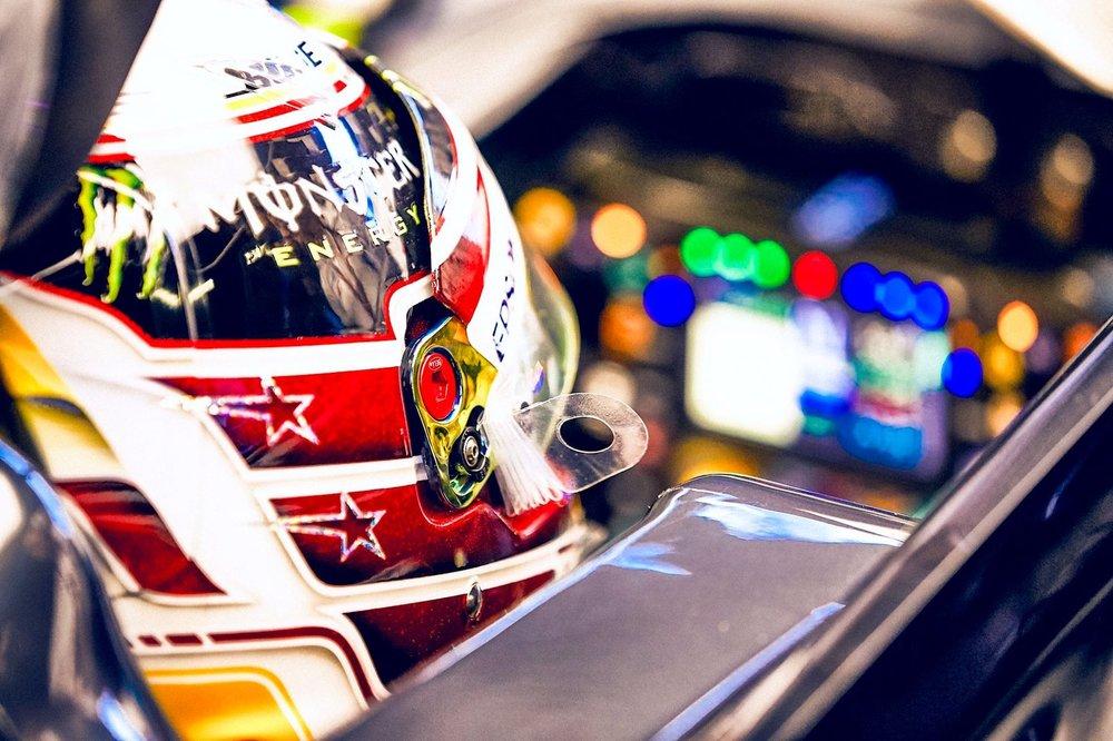 2 2018 Lewis Hamilton | Mercedes W09 | 2018 USGP FP1 1 copy.jpg