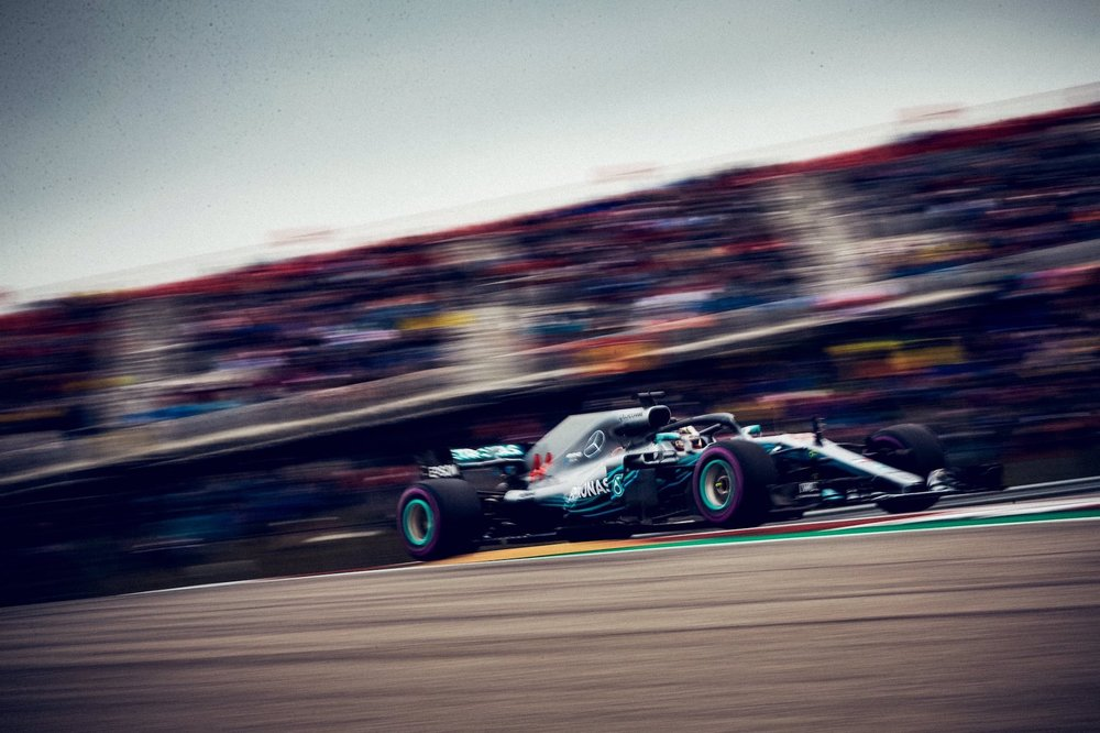 T 2018 Lewis Hamilton | Mercedes W09 | 2018 USGP Q3 1 copy.jpg