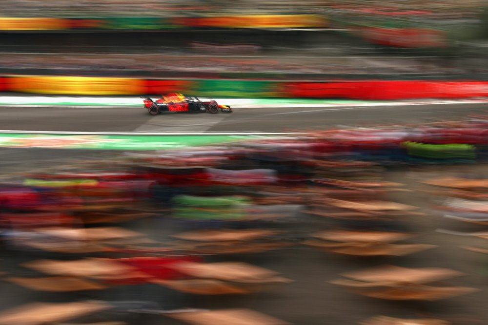 4 2018 Max Verstappen | Red Bull RB14 | 2018 Mexican GP FP3 2 copy.jpg