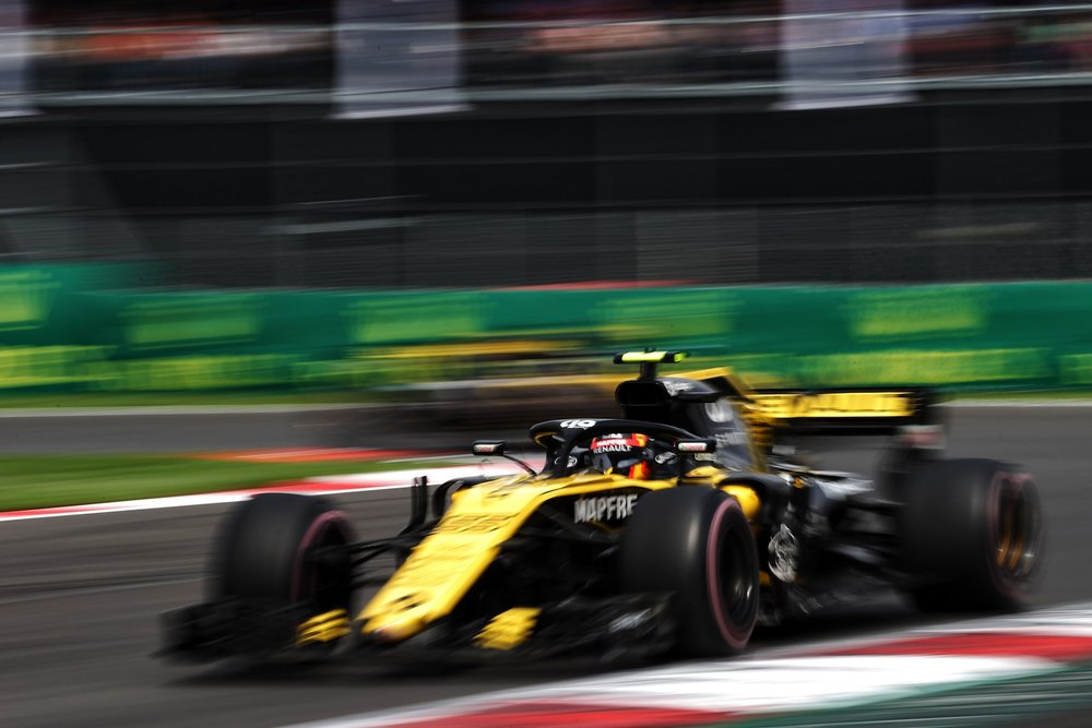 G 2018 Carlos Sainz | Renault RS18 | 2018 Mexican GP 3 copy.jpg