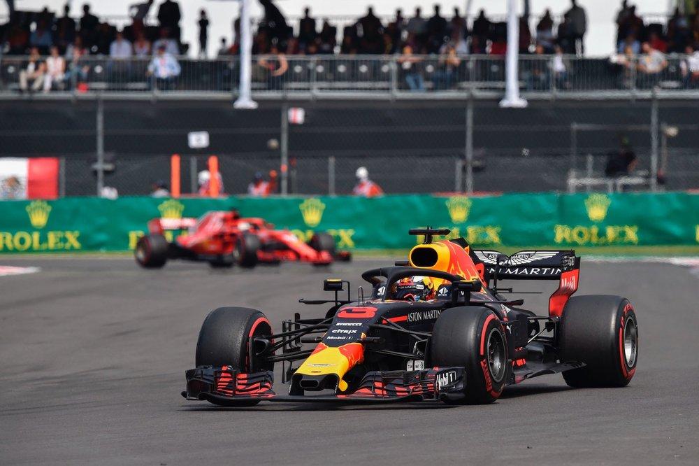 G 2018 Daniel Ricciardo | Red Bull RB14 | 2018 Mexican GP DNF 1 copy.jpg
