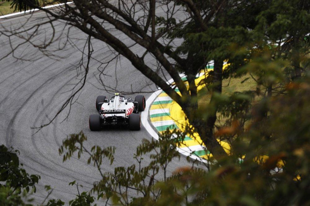 2018 Kevin Magnussen | Haas VF18 | 2018 Brazilian GP FP2 1 copy.jpg