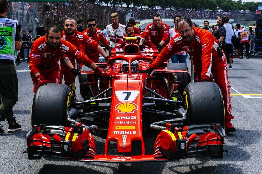 A 2018 Kimi Raikkonen | Ferrari SF71H | 2018 Brazilian GP P3 2 copy.jpg