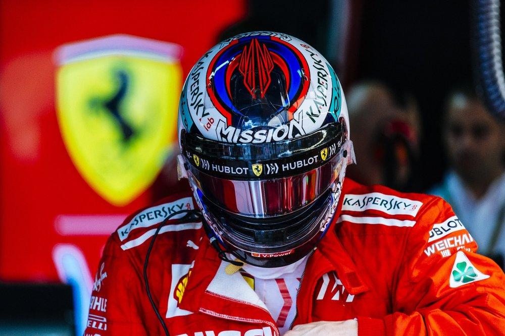 R 2018 Kimi Raikkonen | Ferrari SF71H | 2018 Brazilian GP P3 3 copy.jpg