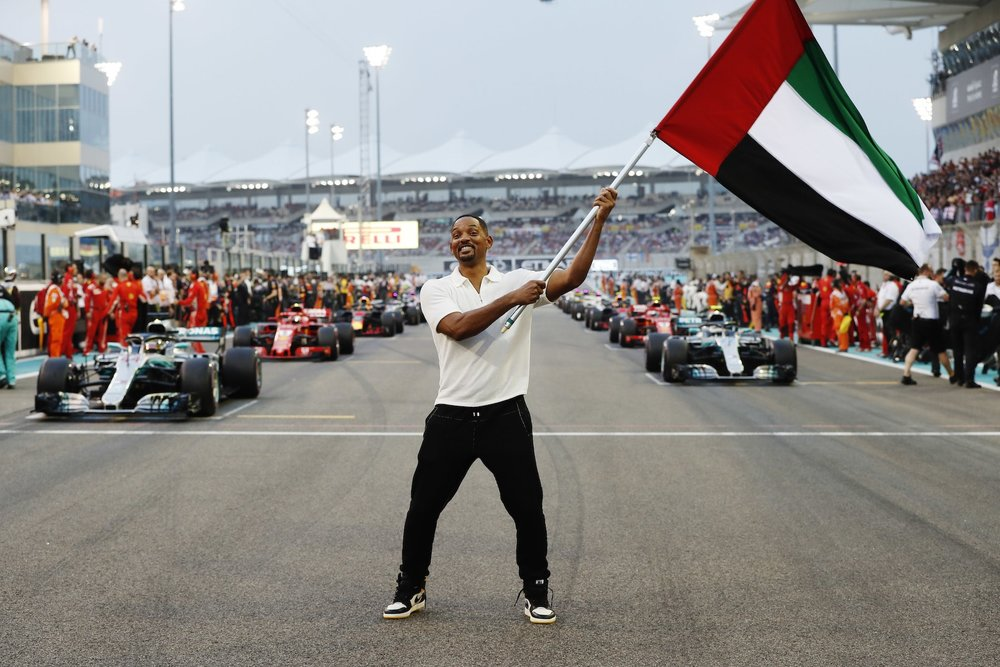 C 2018 Abu Dhabi GP start Will Smith copy.JPG