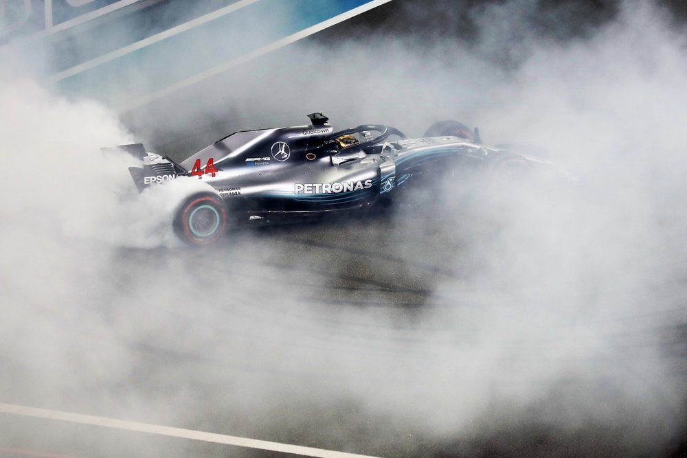 V 2018 donuts from Hamilton Alonso and Vettel | 2018 Abu Dhabi GP 4 copy.jpg