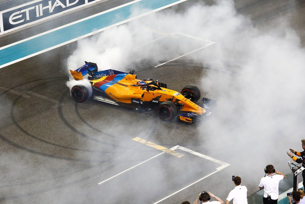 V 2018 donuts from Hamilton Alonso and Vettel | 2018 Abu Dhabi GP 3 copy.jpg