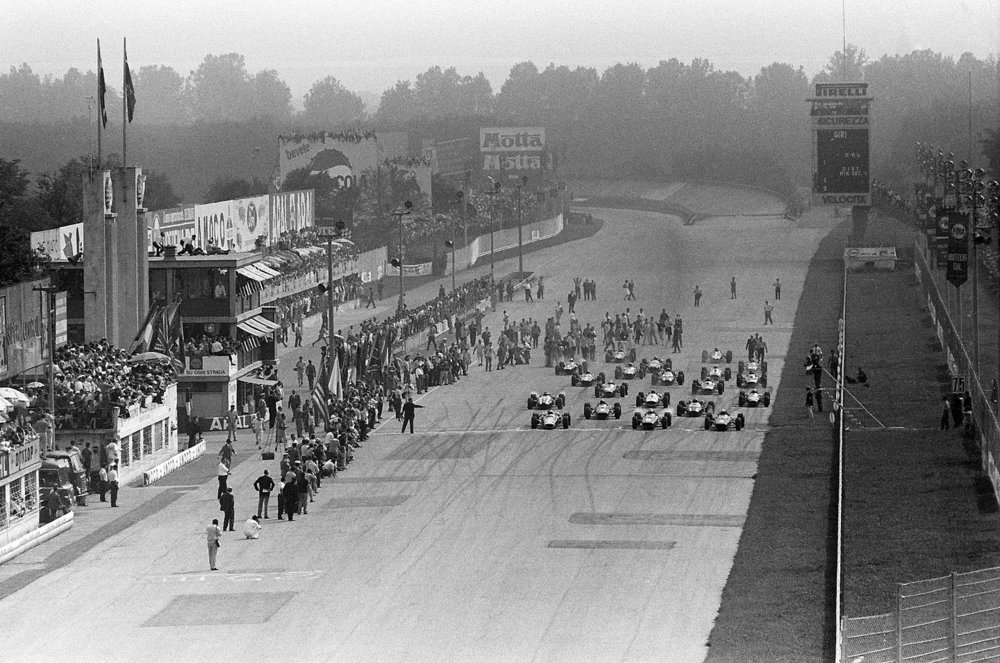 Cars on the grid for the 1967 Italian Grand Prix