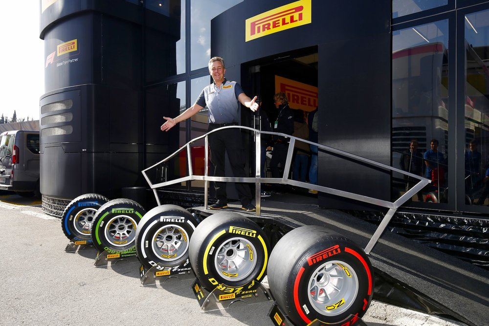 Mario Isola and the 2019 F1 tires.jpg