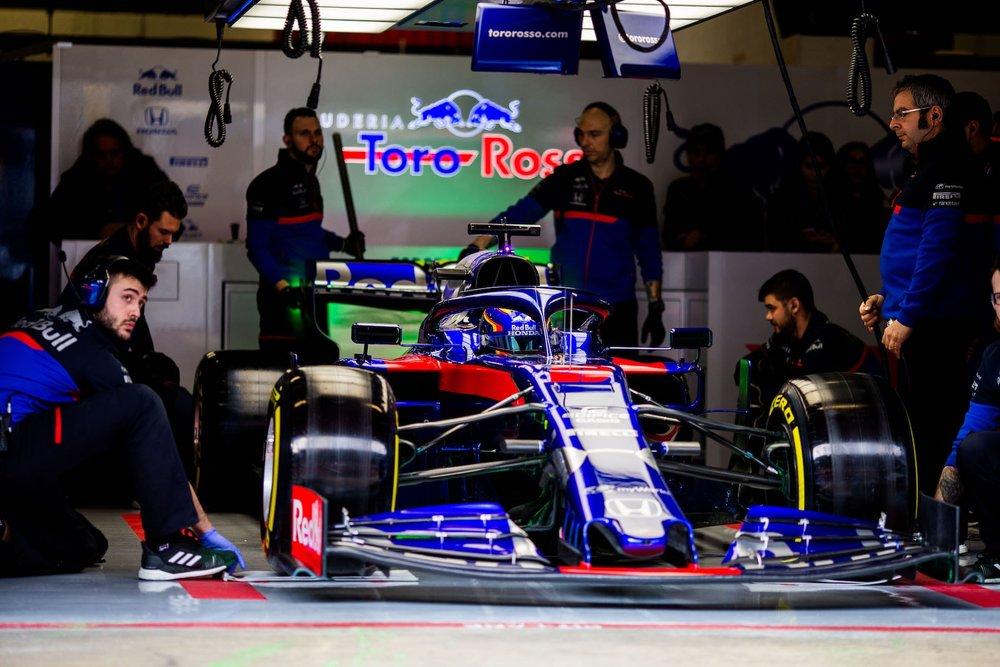 2019 Alex Albon | Toro Rosso STR14 | 2019 Barcelona T1 D2 1 copy.jpg