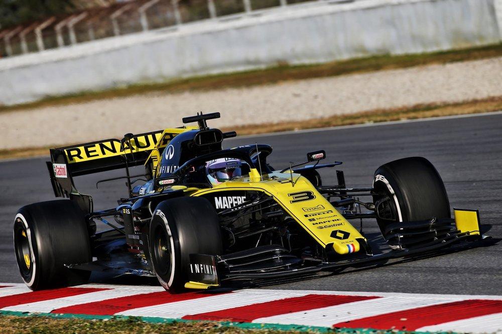 2019 Daniel Ricciardo | Renault RS19 | 2019 Barcelona T1 D1 1 copy.jpg