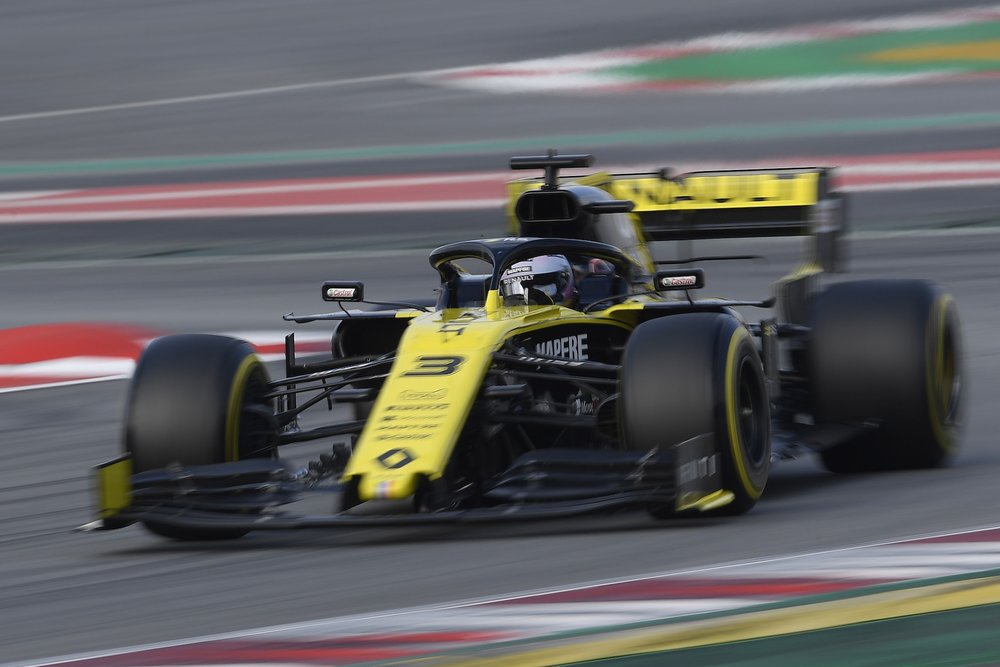 2019 Daniel Ricciardo | Renault RS19 | 2019 Barcelona T1 D2 1 copy.jpg