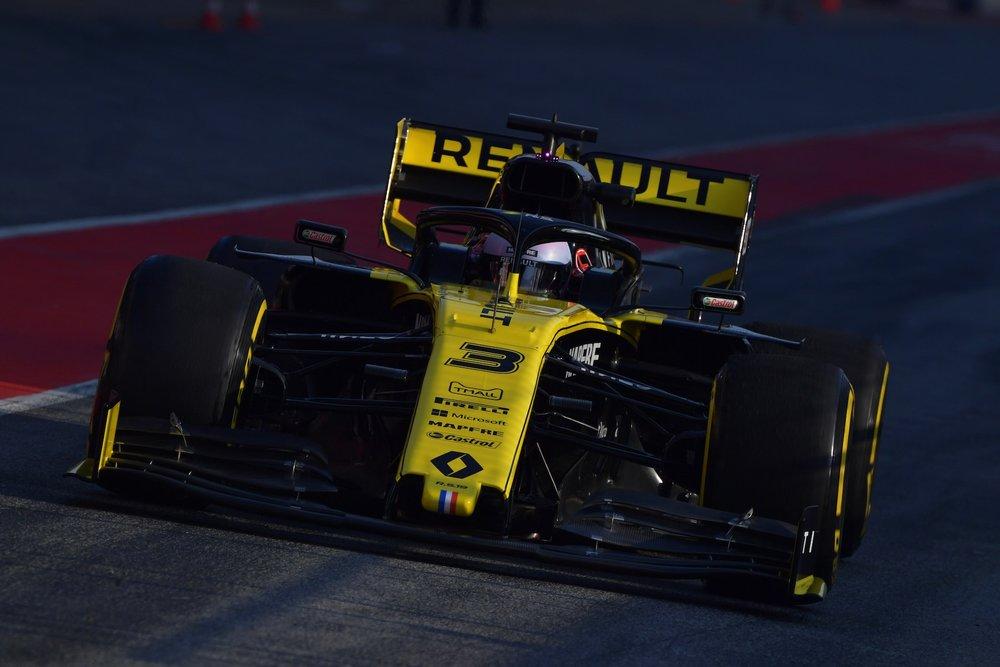 2019 Daniel Ricciardo | Renault RS19 | 2019 Barcelona T1 D4 1 copy.jpg