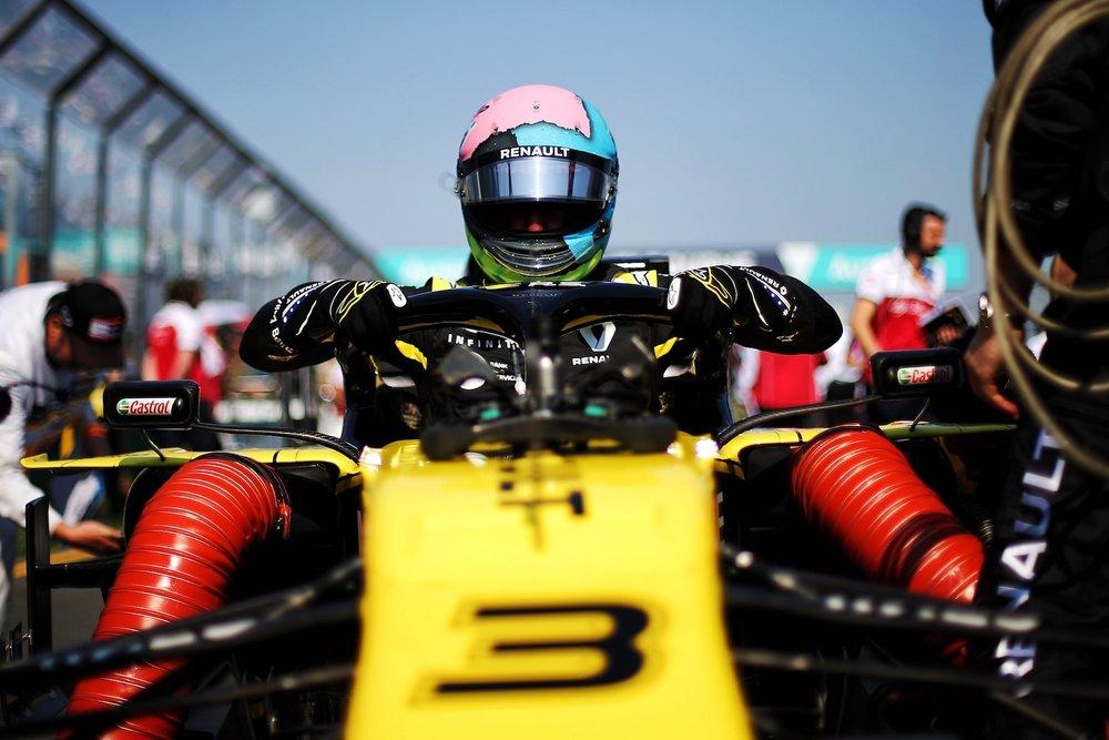 C 2019 Daniel Ricciardo | Red Bull RB15 | 2019 Australian GP DNF 1 copy.jpg