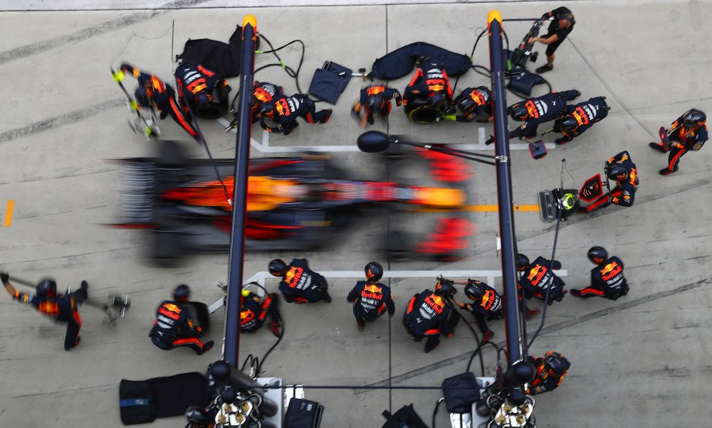 3 2019 Max Verstappen | Red Bull RB15 | 2019 Chinese GP fastest pitstop 2.15 sec copy.jpg