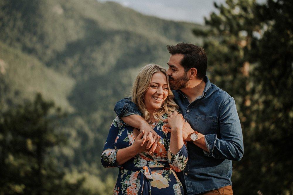 maheux-studios-colorado-destination-wedding-photographer-boulder-engagement-session-007