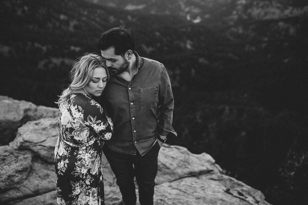 maheux-studios-colorado-destination-wedding-photographer-boulder-engagement-session-028