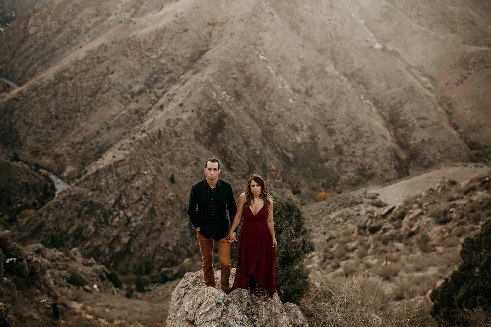 mountain-and-mood-destination-wedding-photographer-engagement-session_0019.jpg
