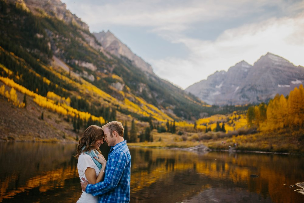 mountain-and-mood-destination-wedding-photographer-engagement-session_0030.jpg