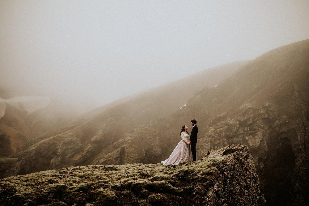 mountain-and-mood-destination-wedding-photographer-colorado-washington-weddings_0040.jpg