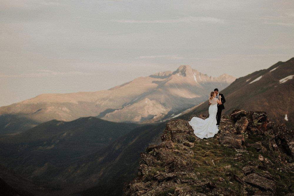 mountain-and-mood-destination-wedding-photographer-colorado-washington-weddings_0044.jpg